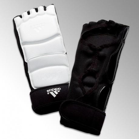 Pitaines de taekwondo ADIDAS Arts Martiaux Lyonnais et Sports de Combat