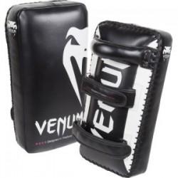 venum giant kick pads
